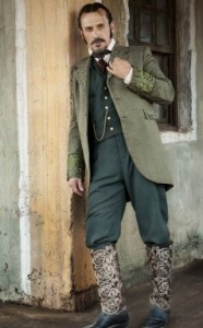 Empresario Buckley (Robert Knepper), who boots are even more
